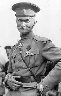 200px-Brusilov_Aleksei_in_1917