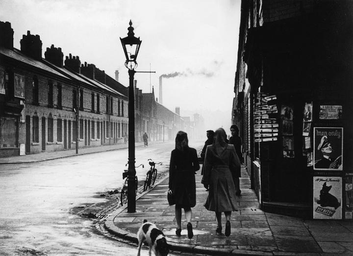The_Pretty_Girls_of_Leicester__1948_5013fe43c5097 bert hardy