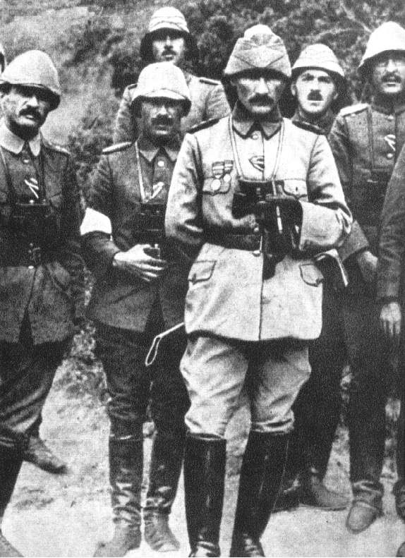 Mustafa Kemal Bey