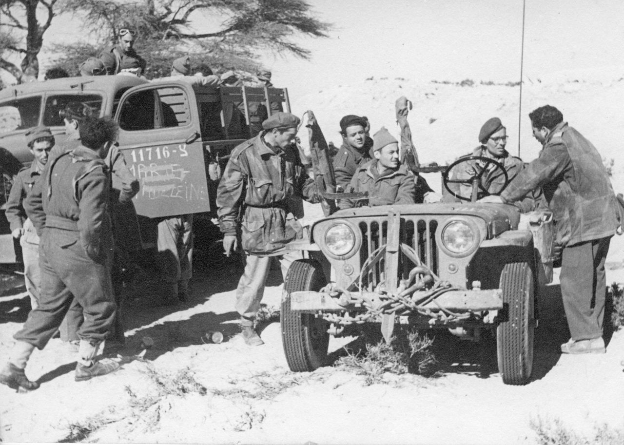 1280px-PikiWiki_Israel_19127_Palmach_volunteers_from_France_in_the_Negev_battle