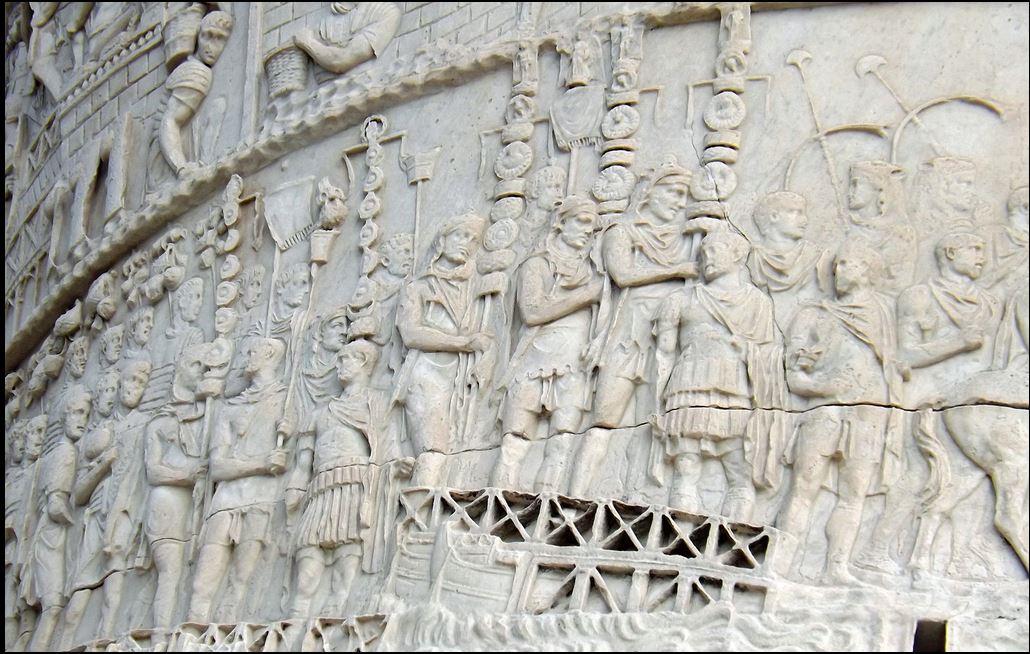 trajan column rome  1