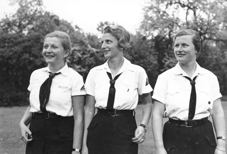 Potsdam, Mädchen in der Führerinnenschule