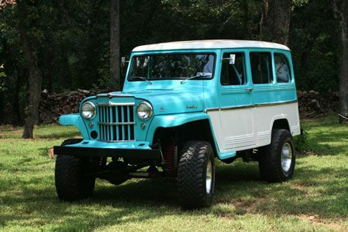 1961 Willys Jeep Station Wagon. 2