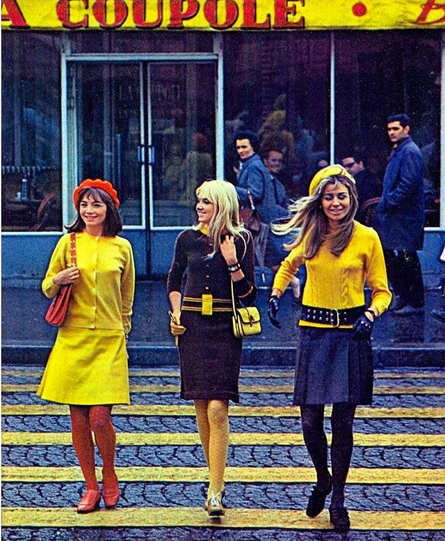 Fashion on London's Streets in the 1960s (19)