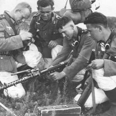 MG34_Machinegun_Training1939 (1) 2