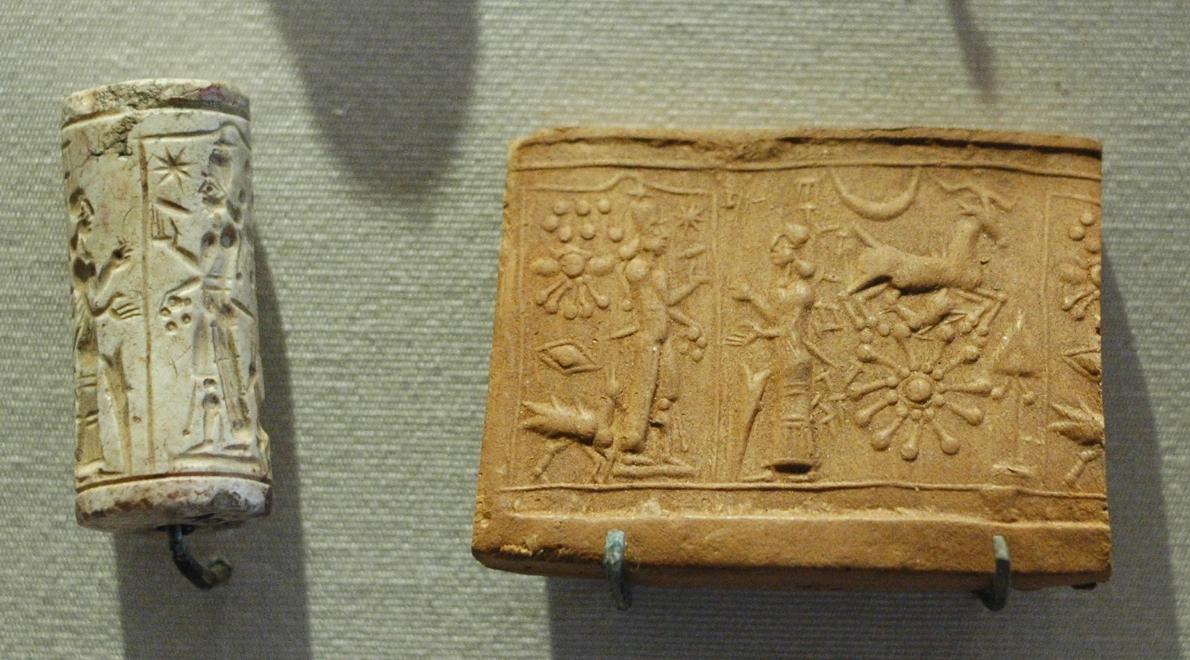Cylinder_seal_Shamash_Louvre_AO9132