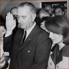 president-lyndon-johnson-right-hand-inauguration-2