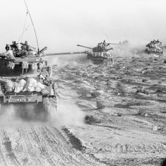tanks-start-sinai