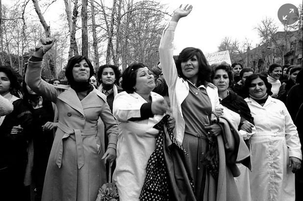 iranian-women-protesting-2-1979