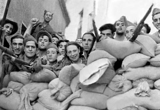 Spain-barricade (1)