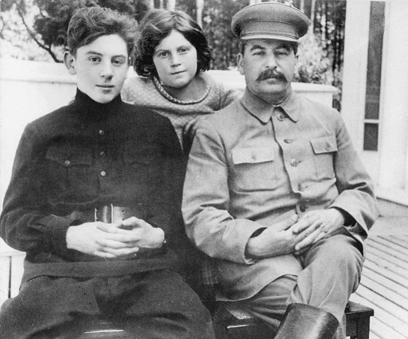 stalin and kids 2